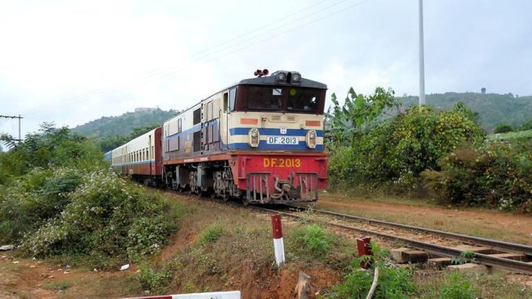 Eisenbahn in Myanmar (Foto: SWR, SWR - Alexander Schweitzer)