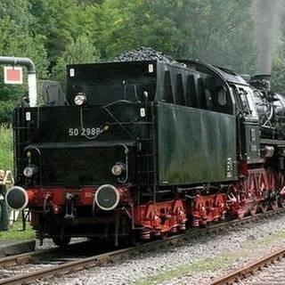Sauschwänzlebahn - beim Wasserfassen (Foto: SWR, SWR - Wolfgang Drichelt)