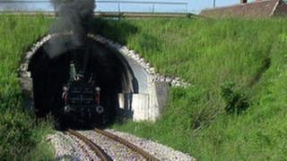 Lokomotive in einem Tunnel (Foto: SWR, SWR -)