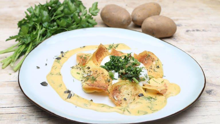 Pochiertes Ei mit Senf-Dillsoße (Foto: SWR, SWR -)