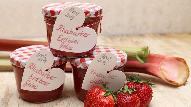 Rhabarbergelee mit Erdbeeren (Foto: SWR, SWR -)