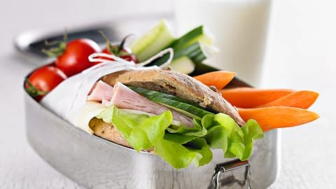Sandwich in einer Lunchbox (Foto: Colourbox)