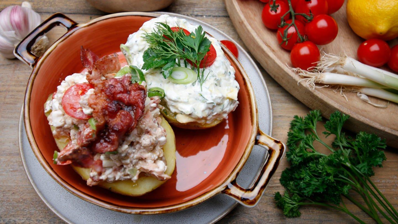 Ofenkartoffeln mit zwei Füllungen (Foto: SWR)
