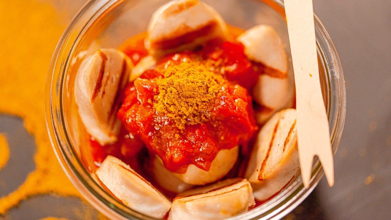 Currywurst (Foto: SWR)