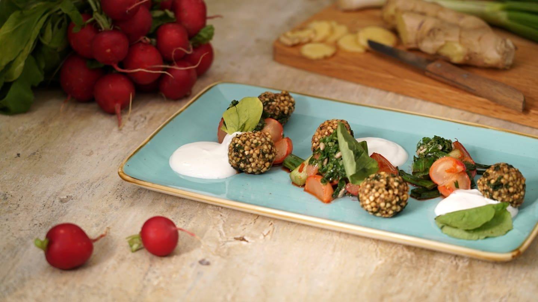 Falafel mit Radieschensalat