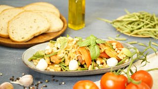 Italienischer Brotsalat (Foto: SWR)