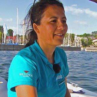 Sara Wild betreibt eine Segelschule am Bodensee (Foto: SWR)