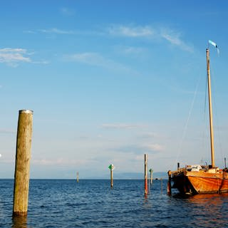 Holzboot auf Bodensee (Foto: Colourbox)
