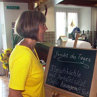 Annette Krause im Gasthaus Linde in Tengen (Foto: SWR)