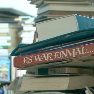 Ein Stapel Bücher (Foto: SWR)
