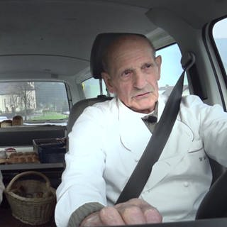 Bäcker im Auto (Foto: SWR)
