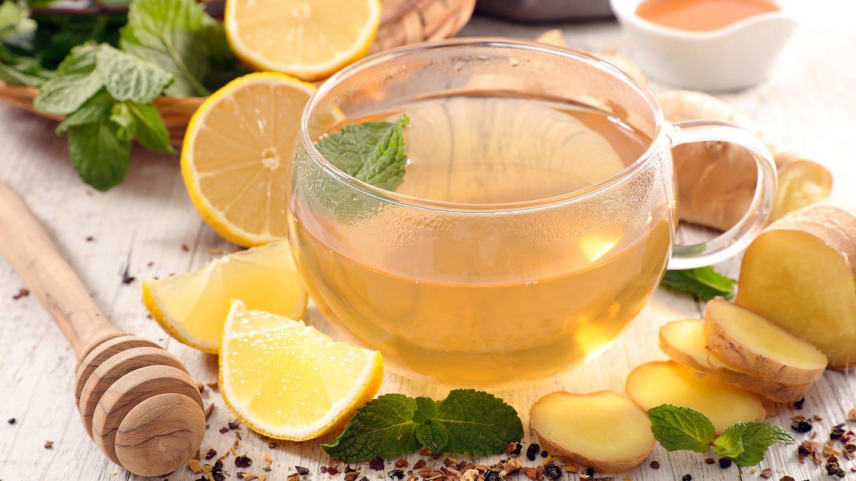 Tee mit Ingwer und Zitrone (Foto: Colourbox)
