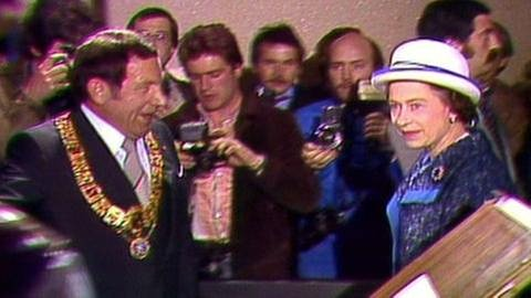 Ex-OB Jockel Fuchs mit Königin Elisabeth II. 1978 (Foto: SWR, SWR -)