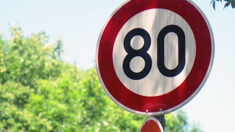 Tempo 80 Schild (Foto: SWR)