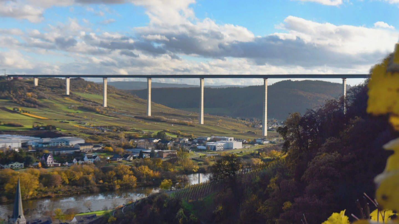Blick auf die Brücke des Hochmoselübergangs (Foto: SWR)