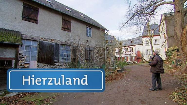 Am Heilig-Geist-Spital leben fünf Menschen in vier Häusern. Es ist ein historisches Gässlein mit einer spannenden Geschichte. Das Port'sche Haus zum Beispiel ist mehr als 500 Jahre alt. Es liegt direk (…)