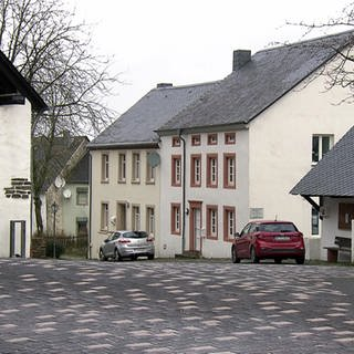 Hierzuland Bescheid Dhrontalstraße (Foto: SWR)