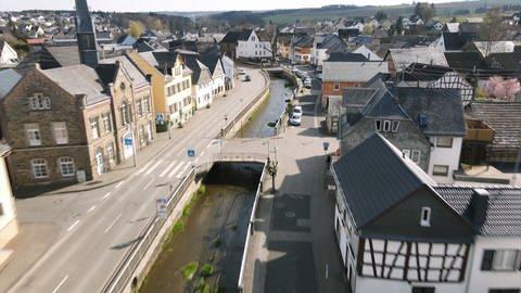 Miehlen - Die Hauptstraße (Foto: SWR)