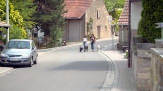 Hierzuland Schoenborn Ortsstrasse (Foto: SWR)