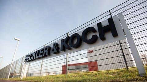 Am Firmensitz von Heckler & Koch in Oberndorf am Neckar arbeiten rund 1.000 Mitarbeiter. (Foto: dpa Bildfunk, picture alliance/Marijan Murat/dpa)