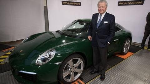 Wolfgang Porsche vor Jubiläums-911er (Foto: picture-alliance / dpa, picture-alliance / dpa -)