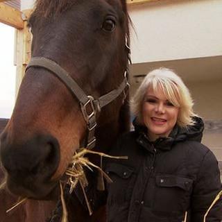 Tatjana Geßler mit Pferd (Foto: SWR, SWR -)