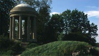 Blickpunkt vieler Sichtachsen im Park ist der Venustempel, ein Nachbau des Sibyllentempels in Tivoli. (Foto: SWR, SWR/Telepool -)